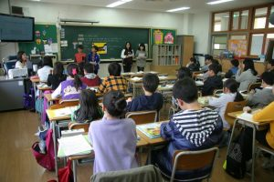 school-class-401519_1920 (800x533)