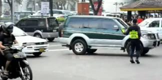 Dancing Traffic Enforcer (Michael Jackson Style)