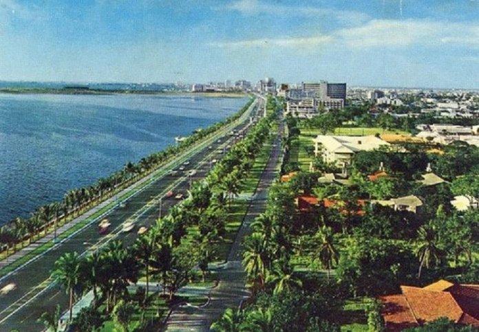 Roxas Boulevard in Midst 1970's