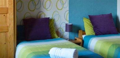 Pleisure-Twin-bedroom