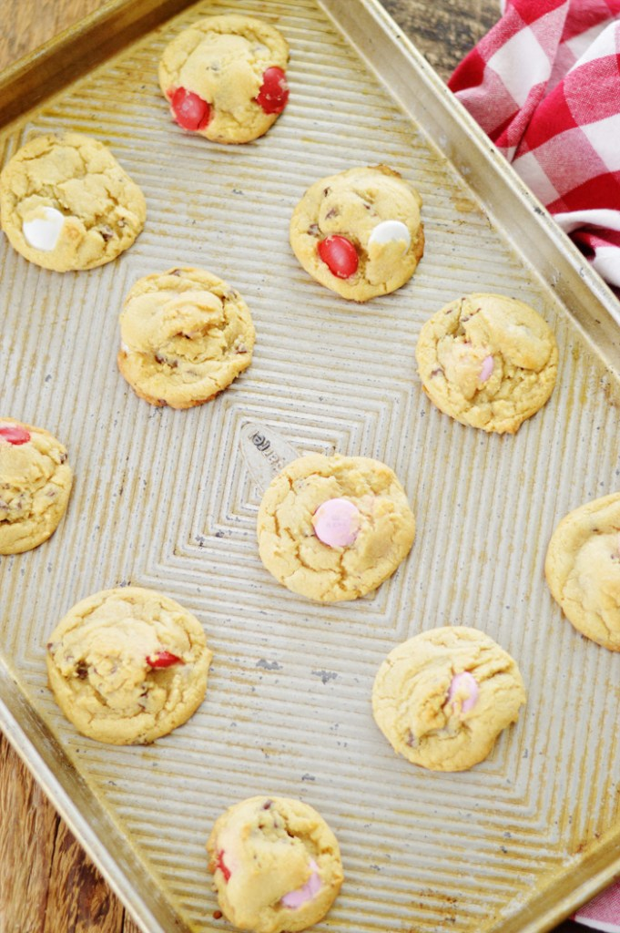 The Perfect HOLIDAY Cookie by A Teaspoon of Home
