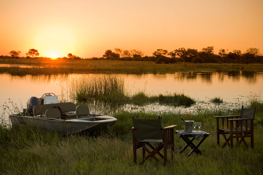 Sunset, the most important time of the day on your tailor made safari