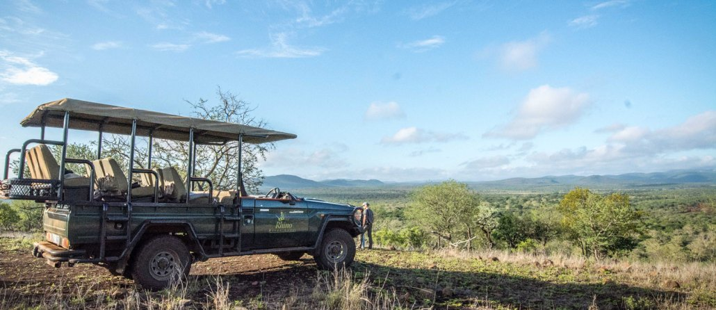 Rhino-river-lodge-game-drive-south-africa