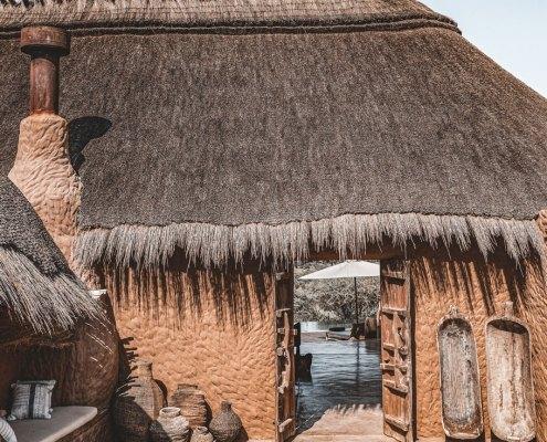 Omaanda Lodge Entrance