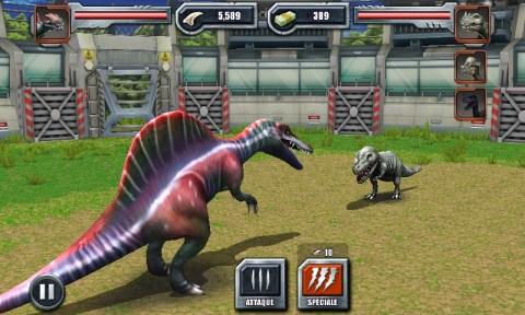 Combat de dinosaures dans Jurassic Park Builder
