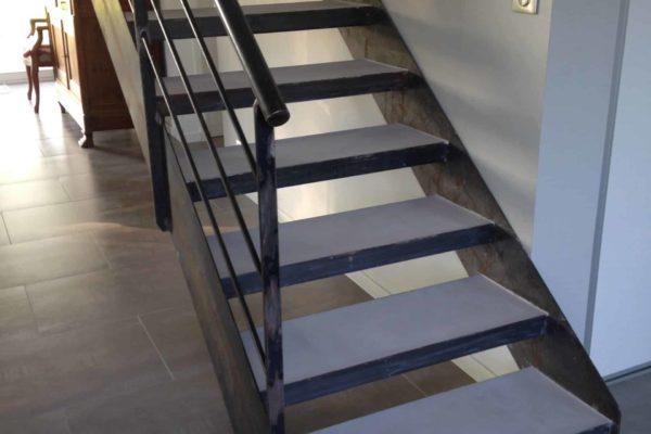 A utiliser - gros plan escalier beton 1