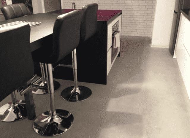 ImageUne - béton ciré pour le sol de cuisine à Rennes