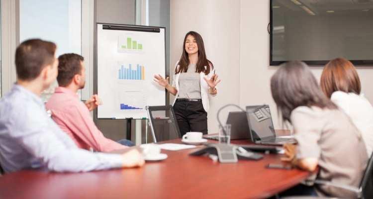 Réussir son pitch commercial : une des clés de la réussite entrepreneuriale