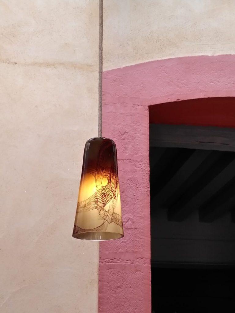 Maison particulière, Bourgogne - Suspension Delta, ocres