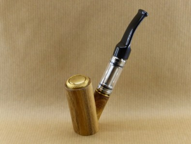presentation of my electronic pipe worked in acacia