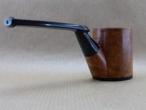 vue arrière droite d'une pipe de la collection Horizons en bruyère et ébène