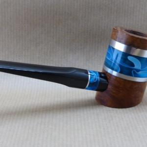 "Right view of a tobacco pipe from ""COLORS"" collection. This No1is made of briar and Ocean Blue Acrylic."
