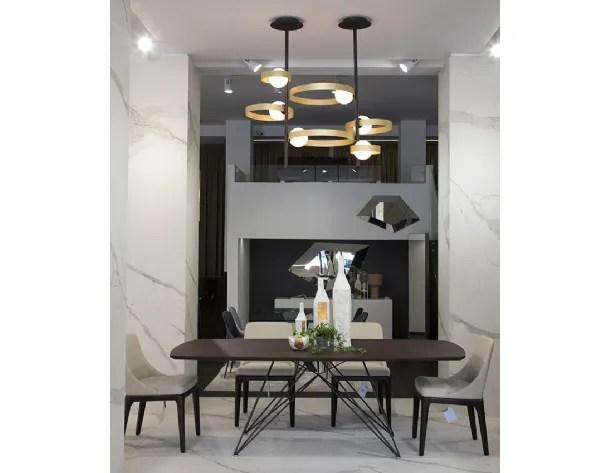 Con solo unos clics puedes buscar, comparar y reservar tu hotel: Illuminazione Riflessi