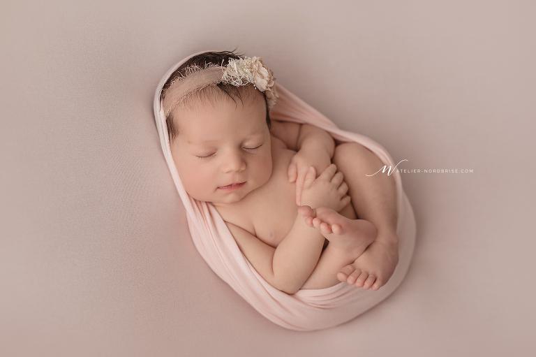 Neugeborenenshooting mit Ella  Babyfotografie in