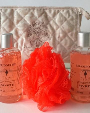 trousse-toilette-atelier-altagna-corse-savon-shampoing-myrte