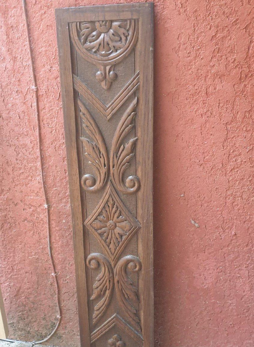 porte sculptée avant
