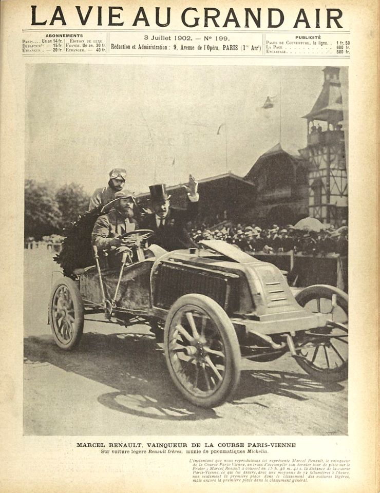 1902, elle participe à la course Paris-Vienne,course automobile organisée par l'Automobile Club de France, en collaboration avec l'Österreichischer Automobil-Club, entre les capitales Paris et Vienne, du 26 au 29 juin 1902