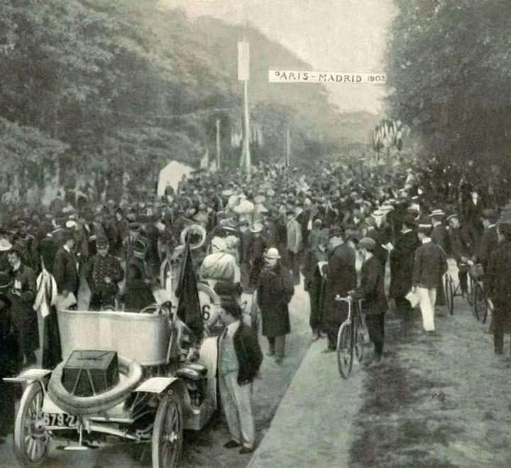 1903 départ_de_Paris-Madrid_à_Versailles (4_heures_du_matin)