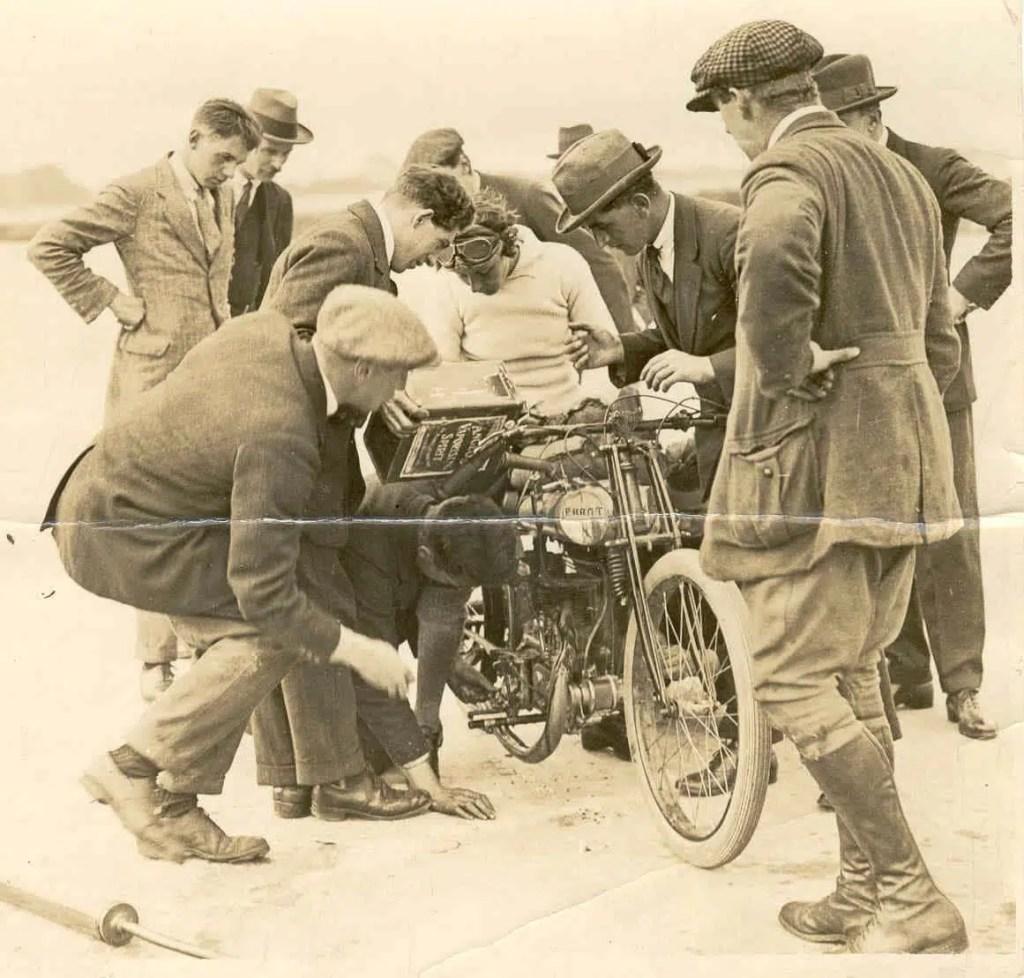 1922 Gwenda
