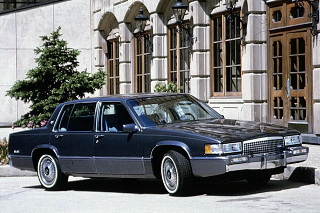 Cadillac DeVille Fleetwood 1990 à 1993