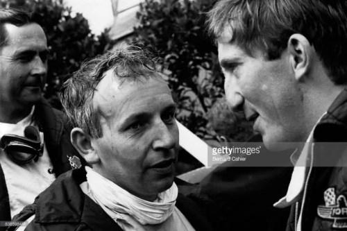JOCHEN John Surtees, Jochen Rindt, Jack Brabham, Grand Prix of Germany, Nurburgring, Jochen Rindt, Lotus 49 Article rédigé par Daniela DAUDE artiste mobilier avec pièces autos. La vie, la carrière, l'accident mortel à Monza en 1970 de Jochen Rind