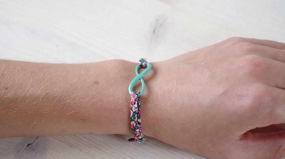 {DIY} Mon bracelet Infinie avec un nœud coulant.