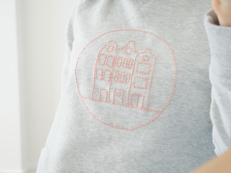 DIY |Mon sweat brodé à l'effigie d'Amsterdam