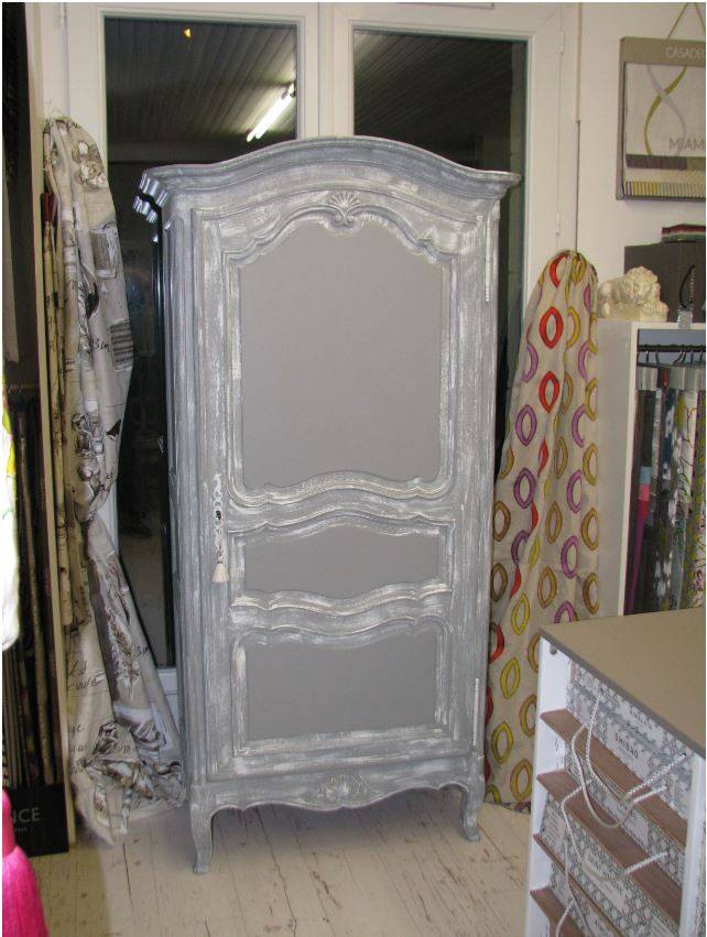 relooker armoire ancienne bright