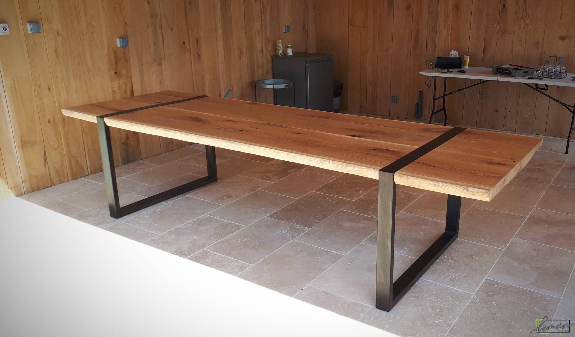 table bois acier 10 personnes