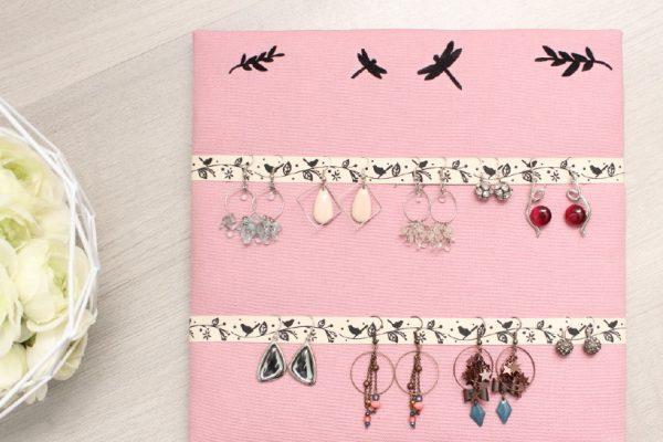 Porte bijoux mural un air de printemps