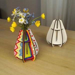 Petit vase en bois à décorer
