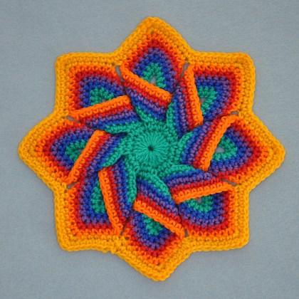 1509a pannenlap in regenboogkleuren