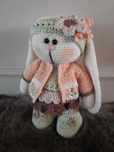 2888/ 69040-034 Bunny Nina