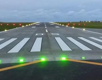 airport runway lights runway edge