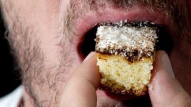 Photo of دراسة تحذر من الإفراط في تناول السكر
