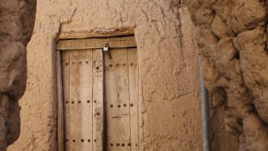 صورة بالصور: معسكر شبابي لإحياء حارة قديمة في أدم