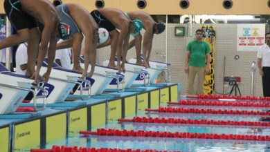 صورة منتخبنا للسباحة بطلًا لخليجي 17 بالكويت