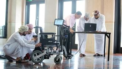 Photo of حصد جائزة خليجية: كرسي ذكي يتحرك بالعين طوّره طلاب عُمانيون