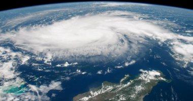صورة إعصار يقترب من اليابان وسفارتنا تنبّه