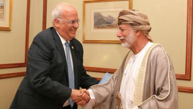 Photo of بن علوي يستقبل كبير المفاوضين الفلسطينيين