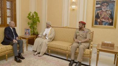 Photo of أمين جامعة الدول العربية يشيد بجهود السلطنة في دعم الاستقرار الدولي