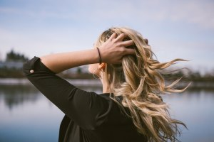 5 Remedies For Dry Hair During Winter Athelio