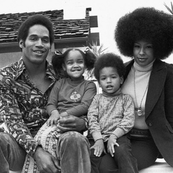 09669d 2 - ΤΡΑΓΙΚΕΣ ΦΙΓΟΥΡΕΣ: Διάσημοι που έχουν «χάσει» το παιδί τους!