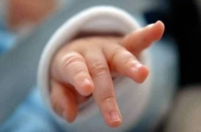 Φρίκη: Βρέφος τριών μηνών πέθανε ξεχασμένο μέσα στο αυτοκίνητο!