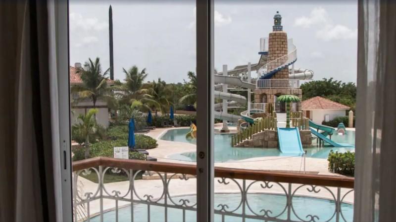 Survivor spoiler: Αυτό είναι το ξενοδοχείο που πήγαν να κλέψουν Κρις και Αλέξης - Μια όαση μέσα στη ζούγκλα (photos)