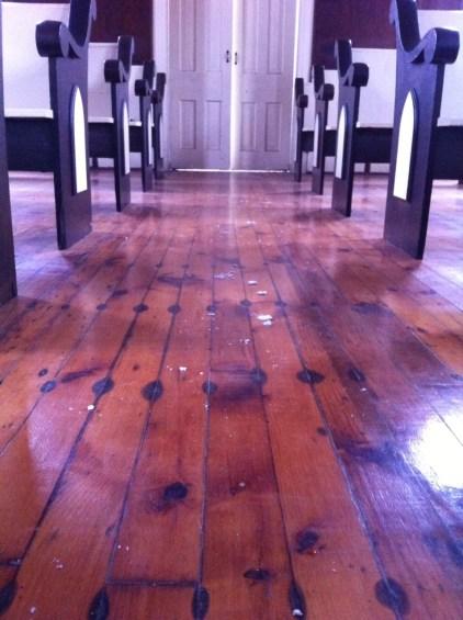 floor church FIC
