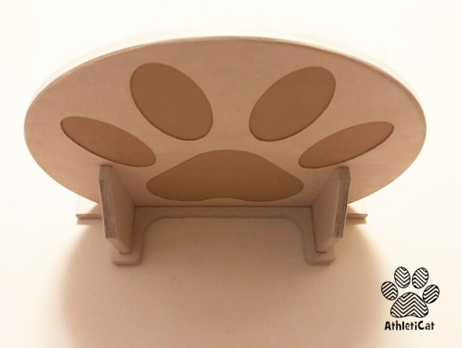 Cat shelf with carved paws peluche textile