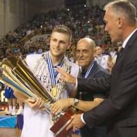 Χαραλαμπόπουλος: «Χαίρομαι ιδιαίτερα που προσφέραμε χαμόγελα»