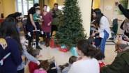 Στολισμός Χριστουγεννιάτικου δέντρου Συνεταιριστικής Τράπεζας Χανίων