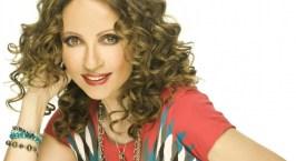 Γλυκερία: «Έχω τραγουδήσει σχεδόν όλα τα είδη της μουσικής μας»